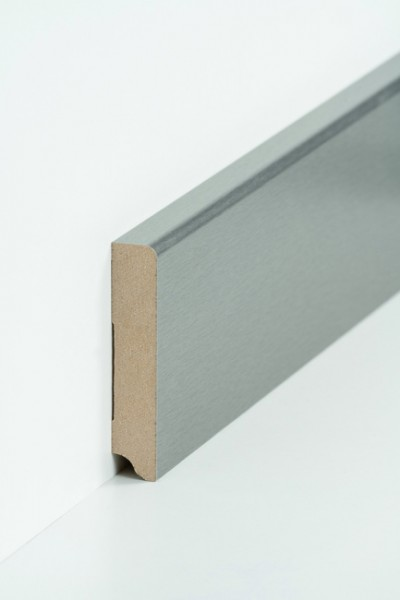 Sockelleiste 19 x 96 mm Edelstahl, Oberkante abgerundet, MDF-Kern mit Metallicfolie ummantelt