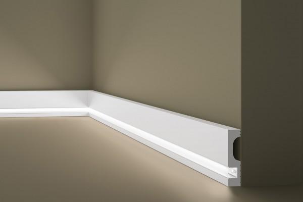 Lichtsockelleiste IL11 WALLSTYL® für indirekte Beleuchtung